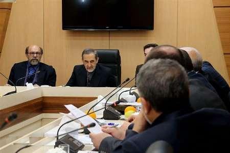 ولایتی: اشتیاق ایرانیان به تحصیلات نسبت به سایر کشورها بالاست