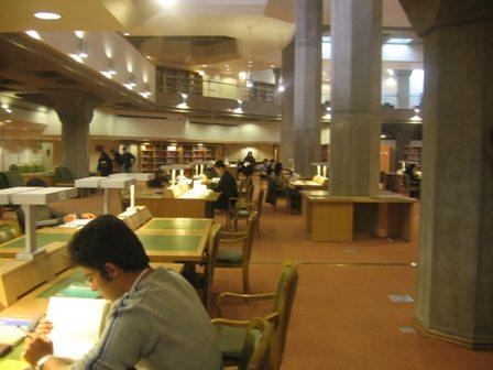 پشت کنکوریهای حاضر در کتابخانه ملی از نخبگان هستند