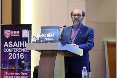 تاکید رئیس دانشگاه آزاد بر لزوم توسعه فعالیت های بین المللی